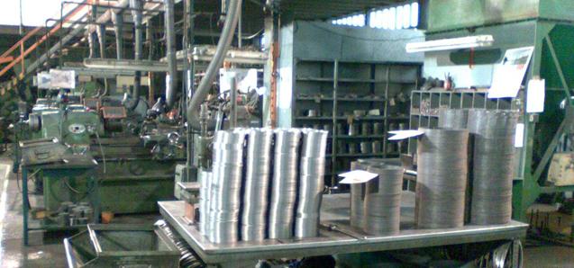 Distribueix segments de pistó per a diferents marques de motors marins